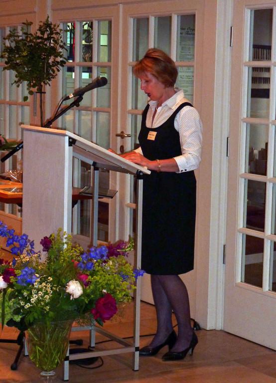 Historikerin Sabine Paehr schildert Entstehung und Entwicklung der Stiftung im gesellschaftlichen Kontext