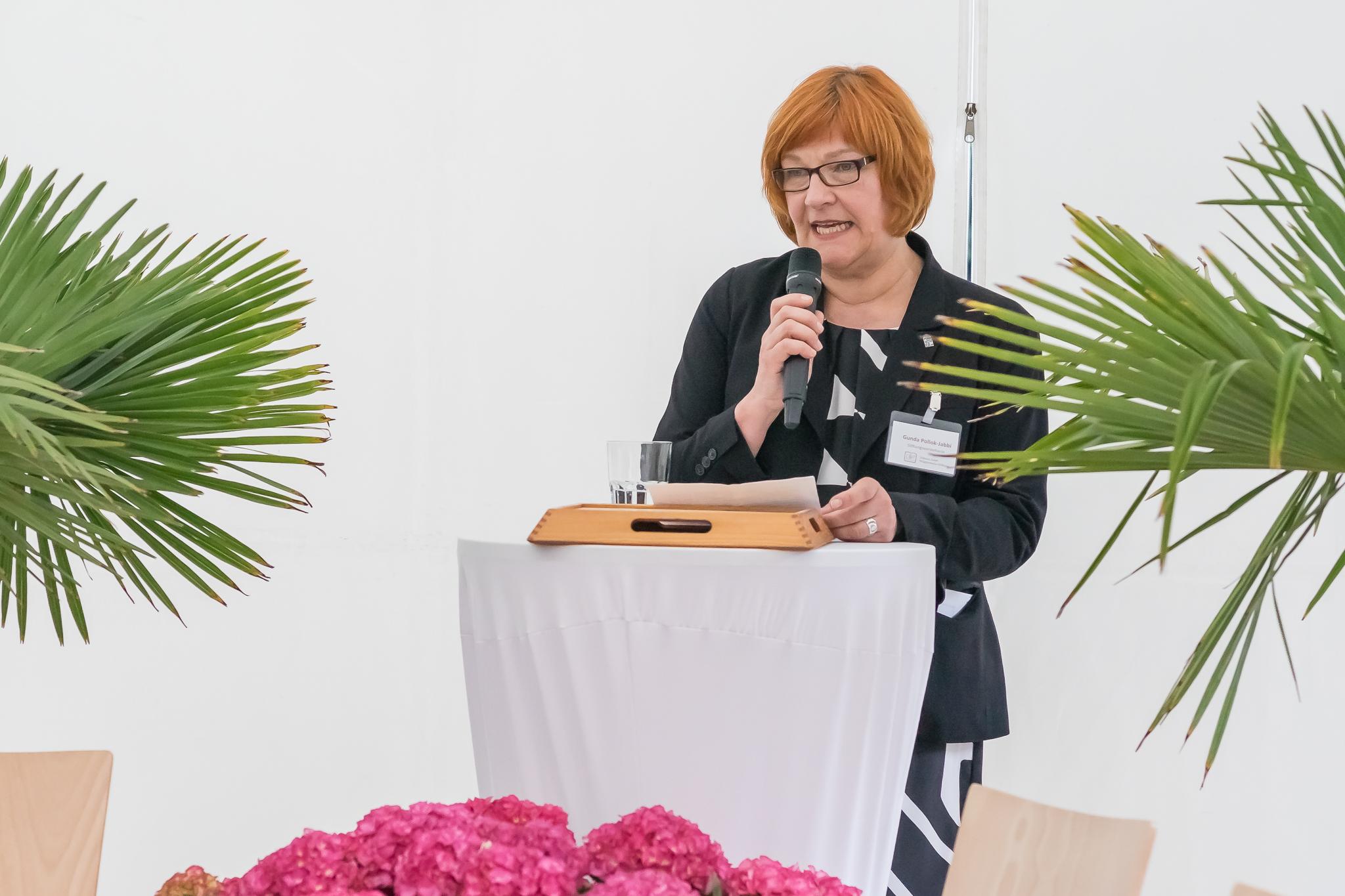 Gunda Pollok-Jabbi verrät, wie es mit der Stiftung weitergeht. Reiche Vergangenheit, inhaltsreiche Zukunft