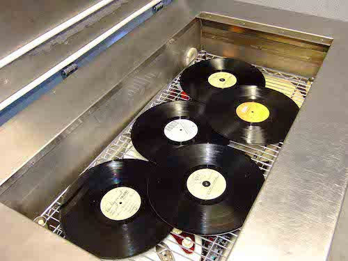 Vinyl Schallplatten in der Cryo-Tuning-Anlage