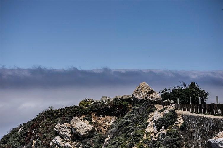 Route 1 Coast IX-  2012, 90x60cm, fineArt print auf GlossArtFibre kaschiert, auf 4mm AluDiBond, Schattenfugenrahmen Nussbaum massiv
