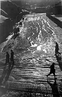 36,60x55,40cm, Early Spring Morning, Vilnius 1960
