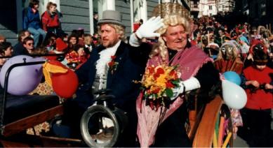 Narrenhochzeit 1997: Die Narreneltern in der Kutsche