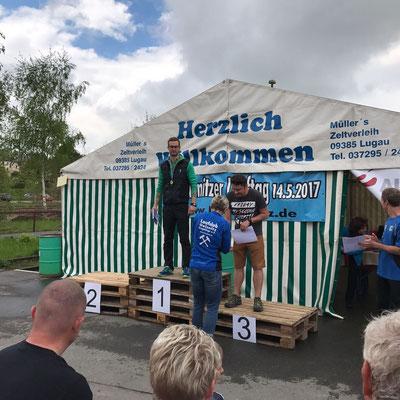 Marcus Günther zur Siegerehrung des Oelsnitzer Lauftages.