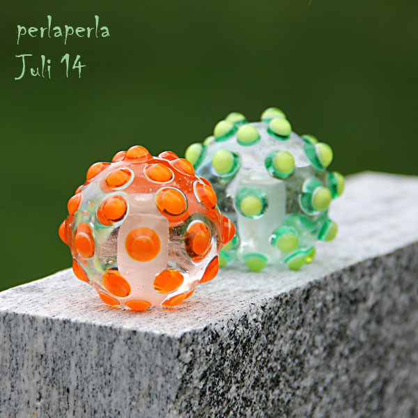 Juli - Riesenkugeln für den Garten!