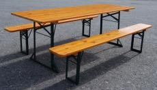 Tische & Garnituren