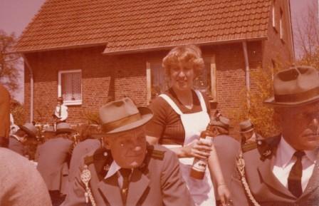 1980 Inge Strilziw beim König Gerhard und Irmgard Külbs