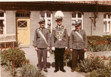 1958  Mitte König Gustav Mattiesch, rechts Adolf Schulze