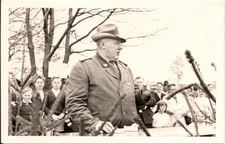 1964 1.Vorsitzende Otto Barge begrüsst die Gäste