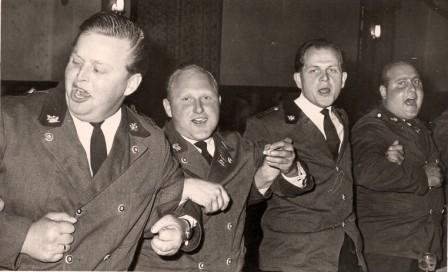 1964 Schützenfestnachfeier Fieter Hesebeck,Ernst Muchow, Henri Vieregge,Werner Muchow