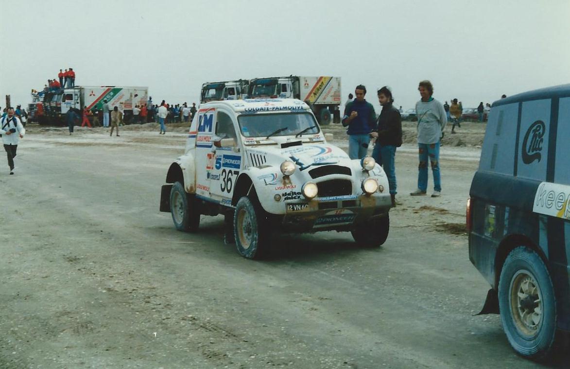 La 2cv arrive au Sénégal. Fin du Paris-Dakar 1990
