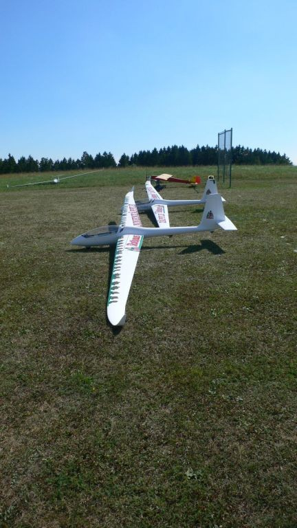 Team Rothaus mit SZD54 Perkoz, 6,8 Meter Spannweite