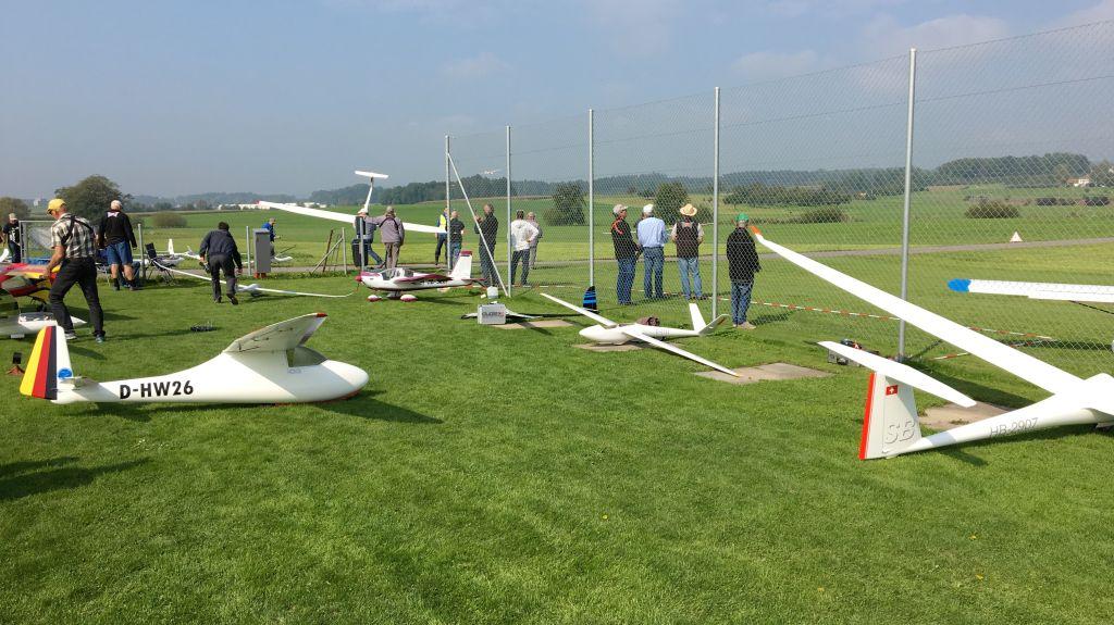 IGG 4s Fliegen in Amriswil (CH)