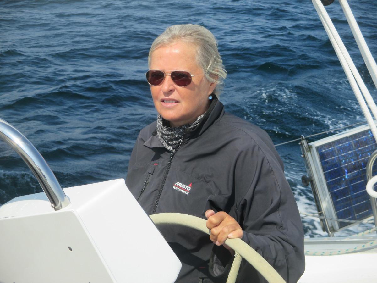 Die Skipperin bei der Arbeit