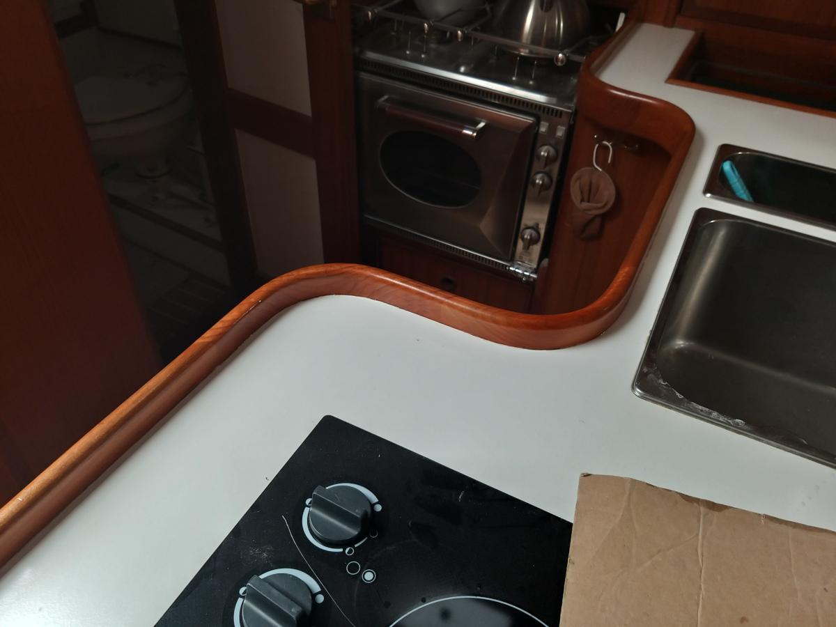 Schlingerleiste Küche neu lackiert