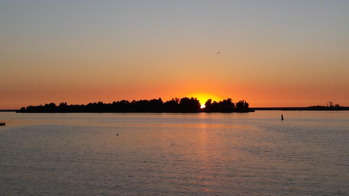 Und weils so schön war: auch heute Abend wieder ein bomastischer Sonnenuntergang