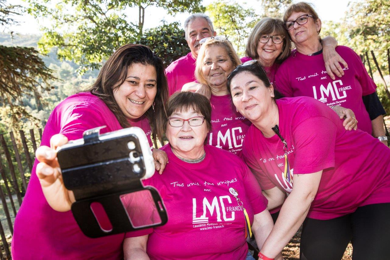Selfie des bénévoles LMC France