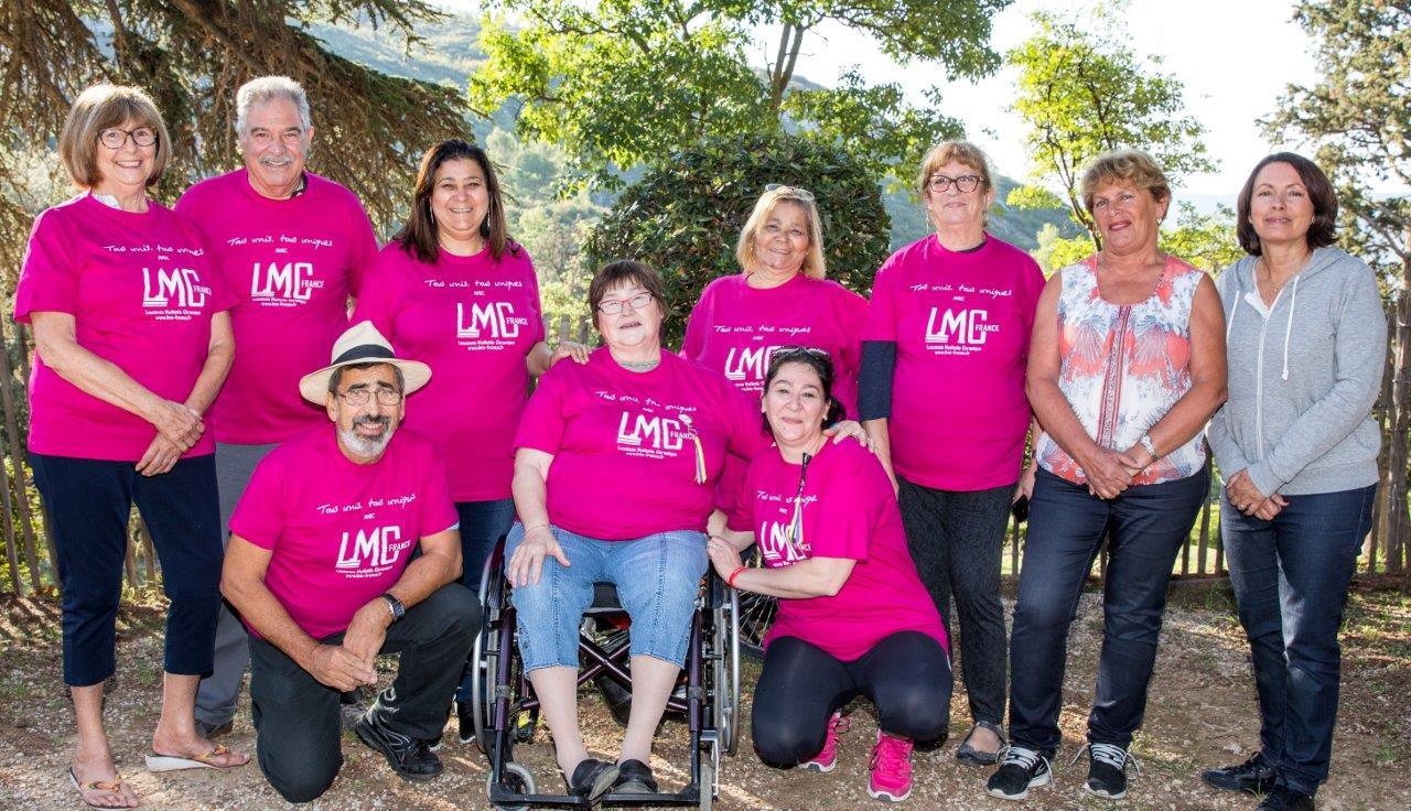 Les bénévoles LMC France avec Monique Aravecchia et Isabelle Berthelot de la Fondation Groupama pour la Santé