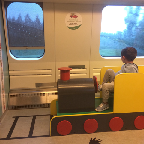 Playroom sul treno in Finlandia