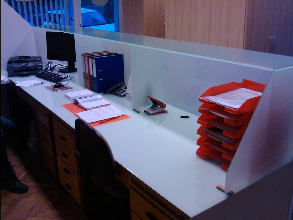 Büro, Schreibtisch - Verglasung