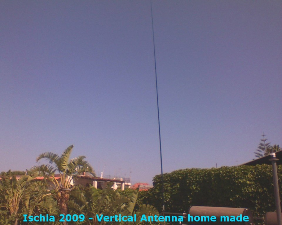 Antenna Used during activation of IC8/IZ0KRC - Ischia Is.