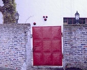 赤ずの扉になっているようだ