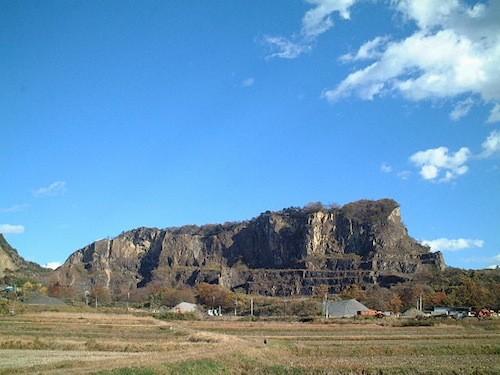 セントヴィクトワール山…ではなく岩船