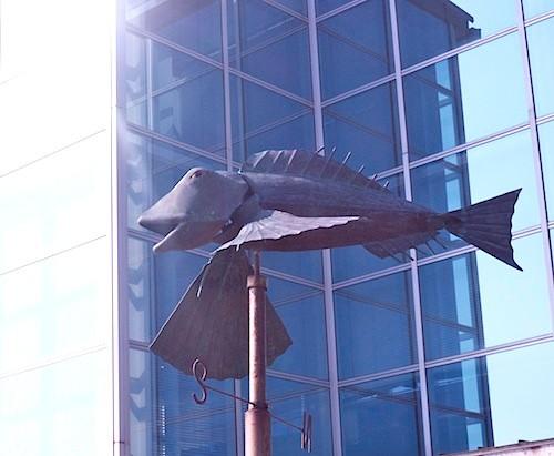 トビウオではなく空飛ぶホウボウ