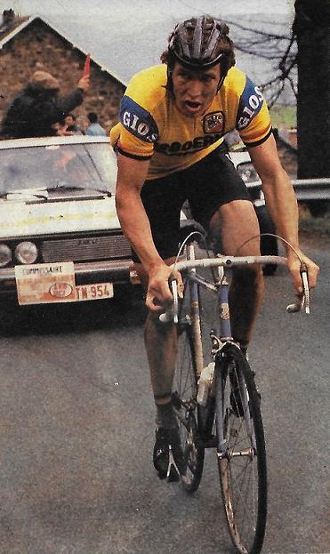 Bei einem Frühjahrsklassiker (wahrscheinlich Lüttich-Bastogne-Lüttich) unterwegs auf dem 1979er Modell