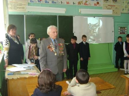 Хасанов А.Х. на встрече с учениками 3 класса
