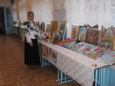 Бигильдина Татьяна Ефимовна представила работы учащихся, выполненные на уроках изобразительного искусства.