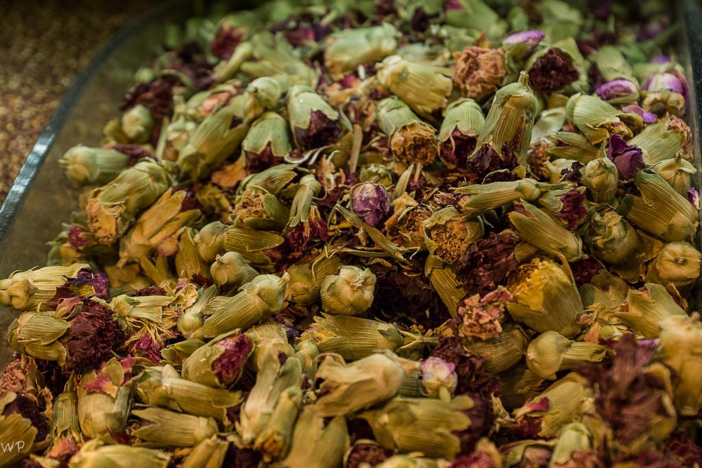 Gewürze und Tees, in Mengen, die ich noch nie so gesehen habe