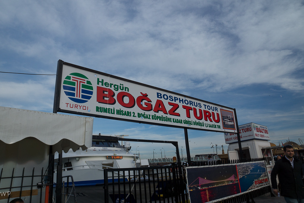 Natürlich, eine Schiffsfahrt auf dem Bosporus