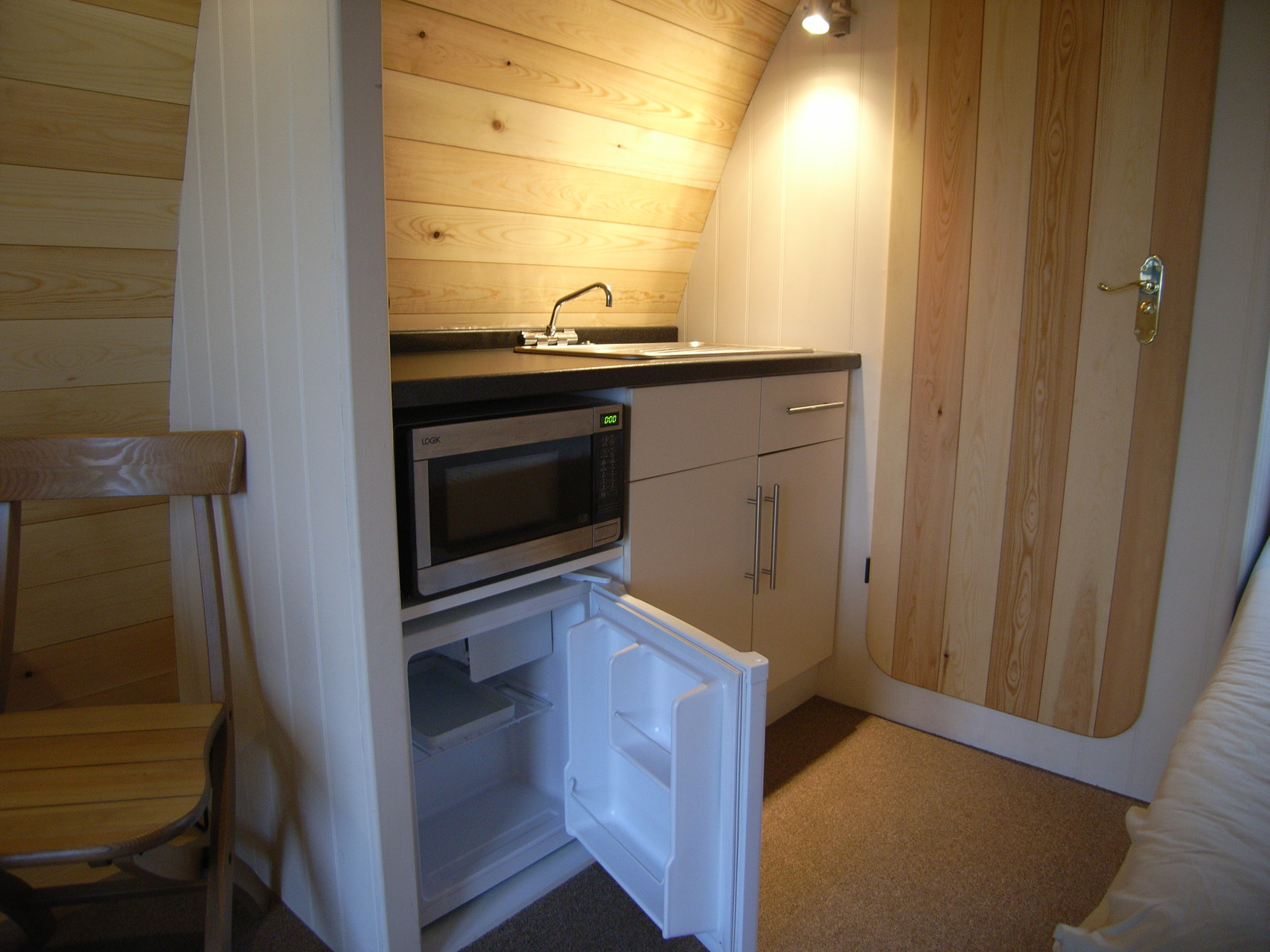 Mobil-home, le MegaPod kitchenette
