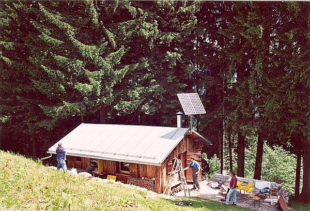 Inselanlage Alphütte in Flims von Regort Solartechnik