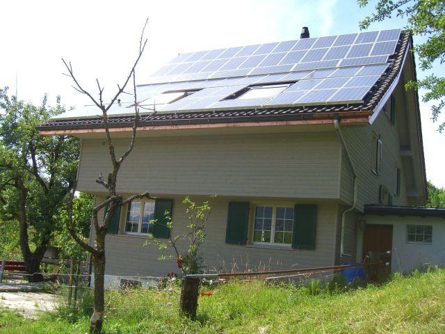 Selbstbauanlage in Kaltbrunn, erbaut mit Hilfe von Regort, Solartechnik