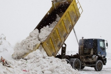вывезти снег