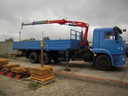Кран-манипулятор на базе КАМАЗ-65117, борт 12 тонн