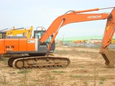 гусеничный экскаватор Hitachi ZX240-3