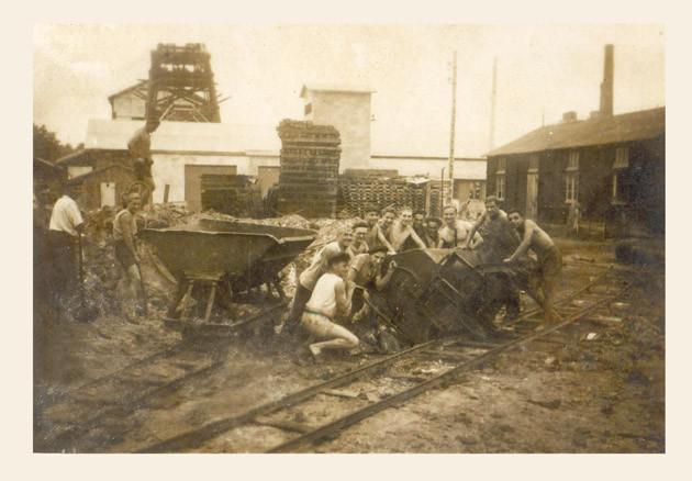Sur le carreau de la mine de St Lon pendant la Guerre 1939-1945