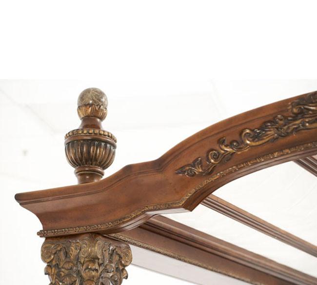 Cama de madera con dosel michael amini villa valencia for Camas con dosel de madera