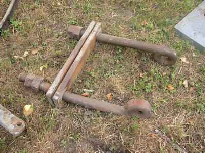 Solche Eisen waren gebrochen.