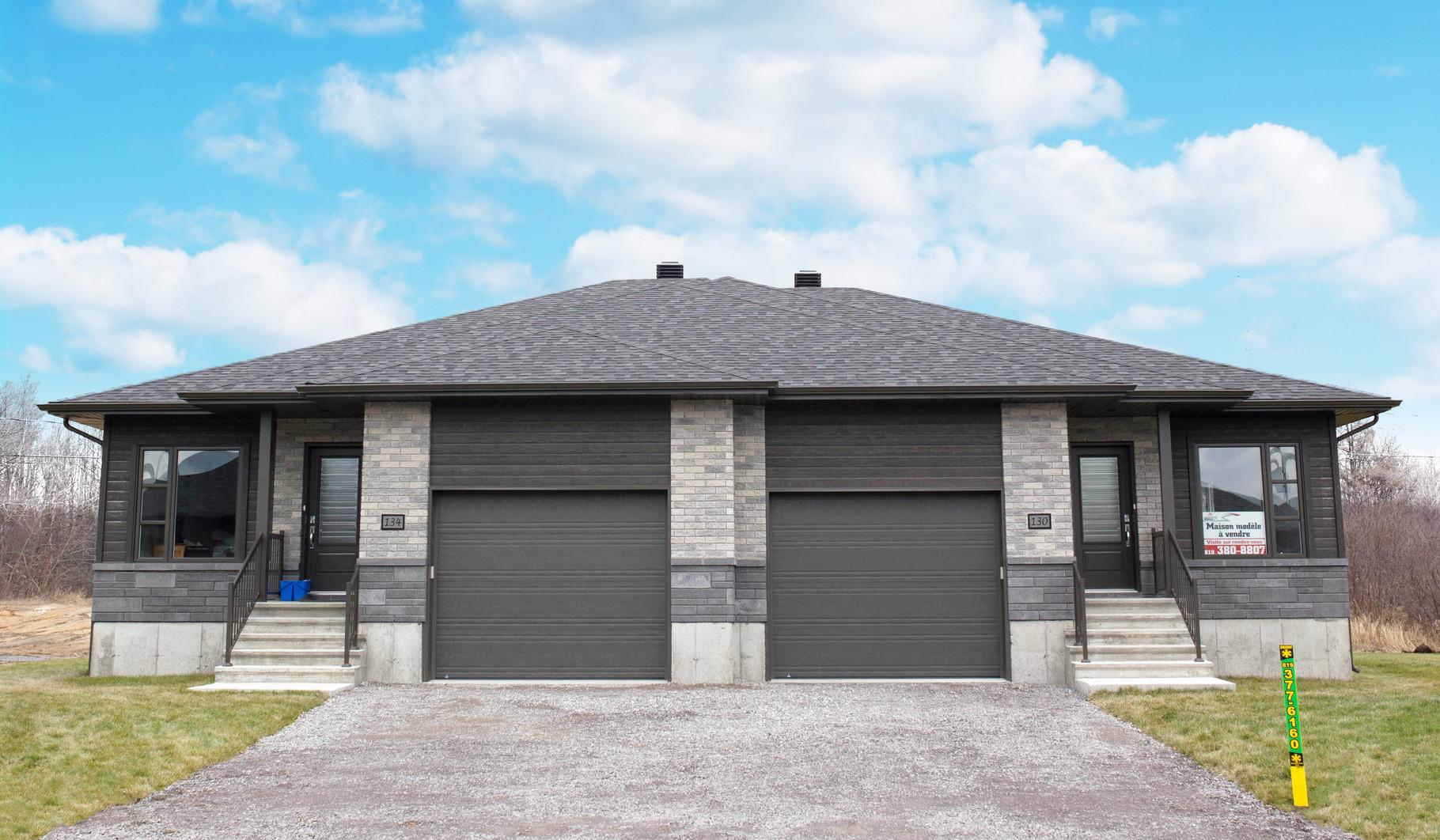 Maisons jumelées avec garage