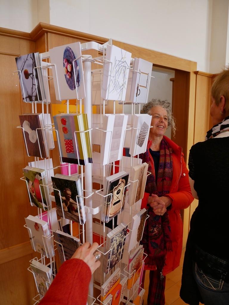 Kunstpostkarten, Verkauf im Restaurant Landhus
