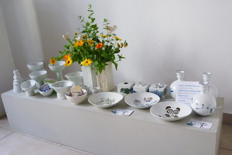 Einblick in die Ausstellung 2 (Arbeiten von Angelika Grießing und Renate Pfuhl)