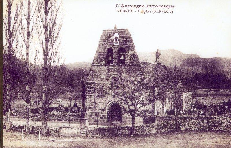 L'église de Vebret et le cimetière