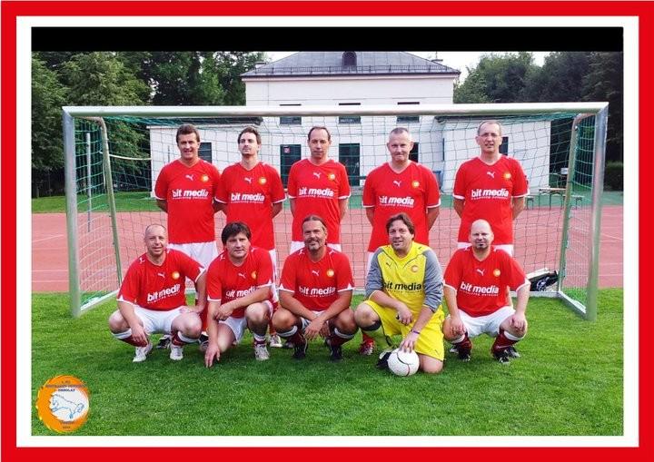 DIE MANNSCHAFT DER STUNDE DES FC EINTRACHT PONYHOF 2011