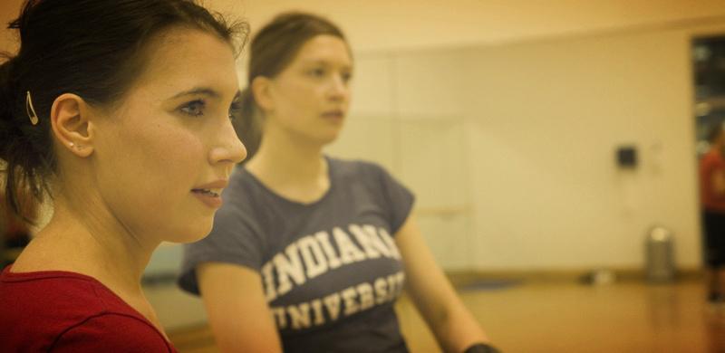 Stephanie Wiebe und eine andere Trainerin