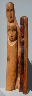 """In der Wolfsheimer Kirche ist die Holzskulptur """"Angst"""" von Peter Wilz zu sehen. Foto: privat"""