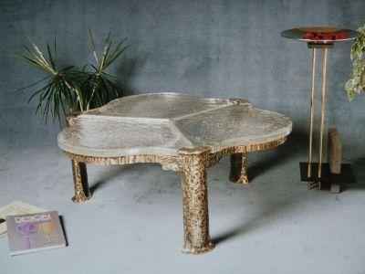 tische aus messingmit glas oder granitplatte. Black Bedroom Furniture Sets. Home Design Ideas