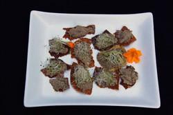tartare cru aux champignons, terrine forestière crue, pleurotes, pâtés végétaux